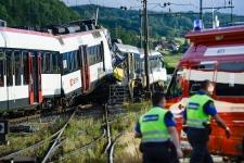 Multiple injuries in train crash in Switzerland