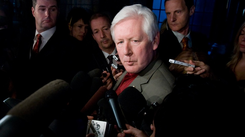 Liberal MP Bob Rae arrives for his first caucus meetings following the federal election in Ottawa, Wednesday May 11, 2011. (Sean Kilpatrick / THE CANADIAN PRESS)