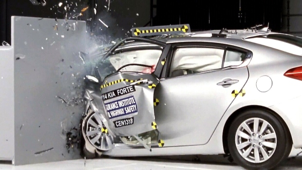 6 of 12 small cars perform well in front-end crash