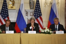Russia and U.S. vow to work together