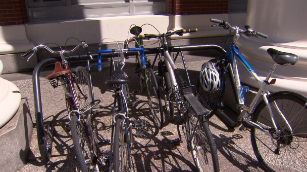 Vancouver Thief Exploits New Bike Rack Weakness Ctv News