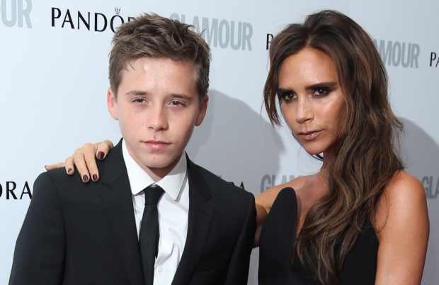 Victoria Beckham arrives to son's school by air