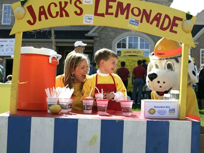 Jodi Yeilding and her son Jack, 5, hosted the 2nd annual Jack's Lemonade Stand event to help raise money for the Sick Kids Foundation.