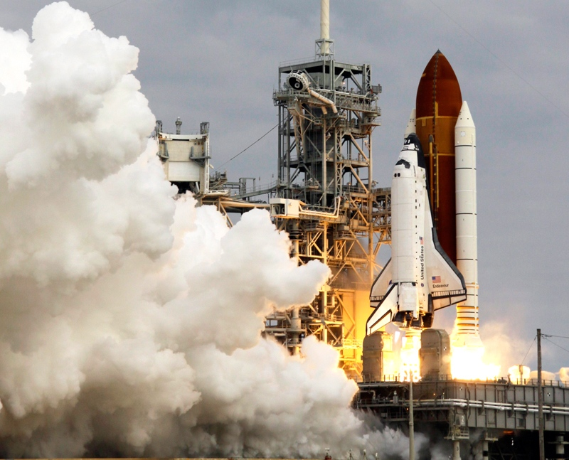 The space shuttle Endeavour lifts off from Kennedy Space Center in Cape Canaveral, Fla., Monday, May 16, 2011. (AP / John Raoux)