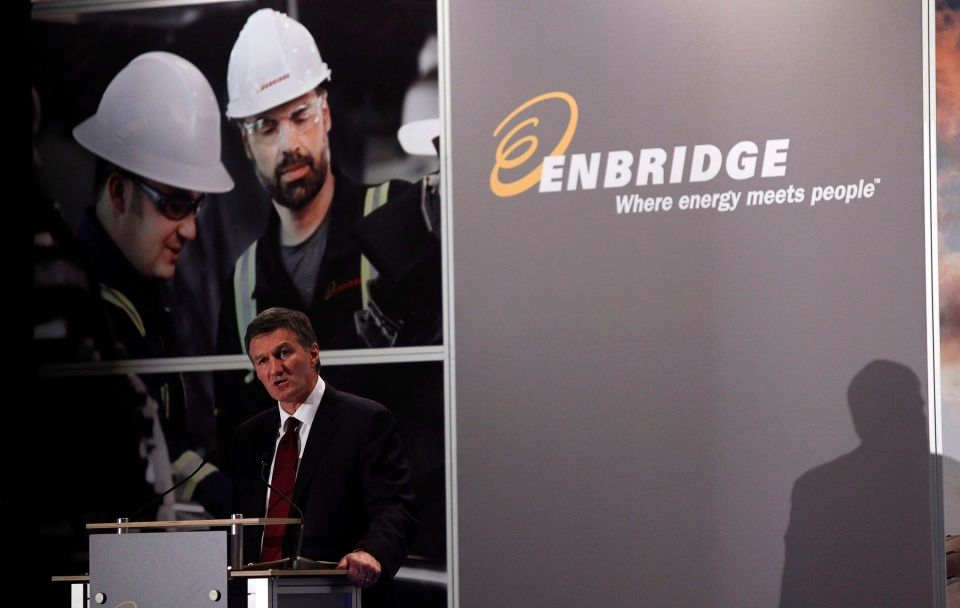 Enbridge CEO Al Monaco addresses the company's annual meeting in Calgary, Wednesday, May 8, 2013. (Jeff McIntosh / THE CANADIAN PRESS)