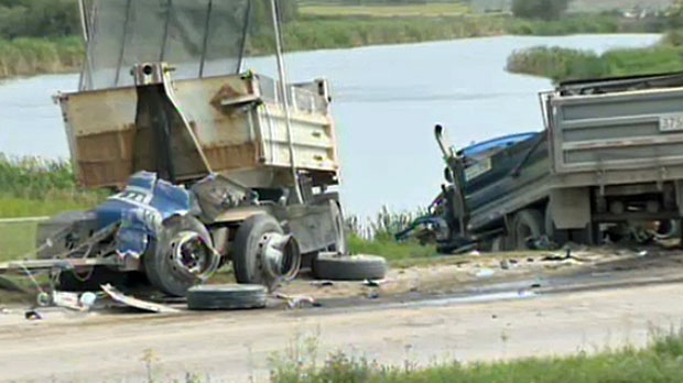 serious truck crash ,Deerfoot Trail and Southland