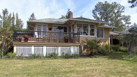 North Vancouver resident Leah Shaffer sold his cabin in Point Roberts, Wash. after being barred for five years. May 18, 2011. (CTV)
