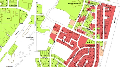 A map shows which homes were destroyed by fire in the Town of Slave Lake.