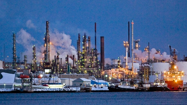 Esso's refinery in Dartmouth, N.S. is seen at dusk on Friday, Feb. 4, 2011. (Andrew Vaughan  / THE CANADIAN PRESS)