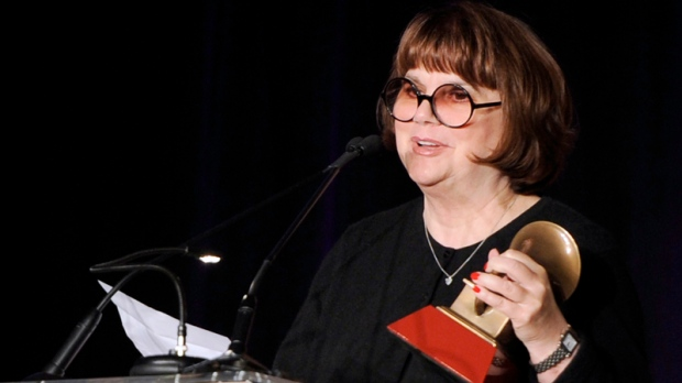 Linda Ronstadt says she has Parkinson's disease