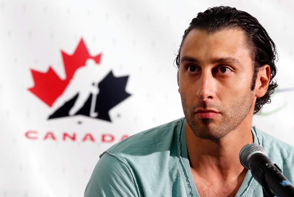 Montreal Native Nhl Goalie Roberto Luongo Retires After 19 Seasons