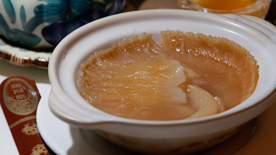 Shark fin soup is displayed at a restaurant in Hong Kong, Aug. 12, 2010. (AP /Kin Cheung)