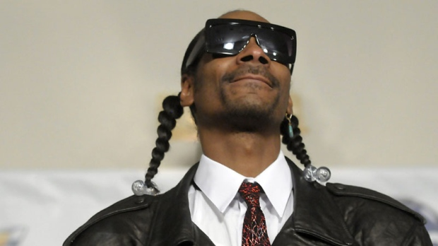Rapper Snoop Dogg poses in the press room at the 2011 Billboard Music Awards in Las Vegas on Sunday, May 22, 2011. (AP Photo/Dan Steinberg)