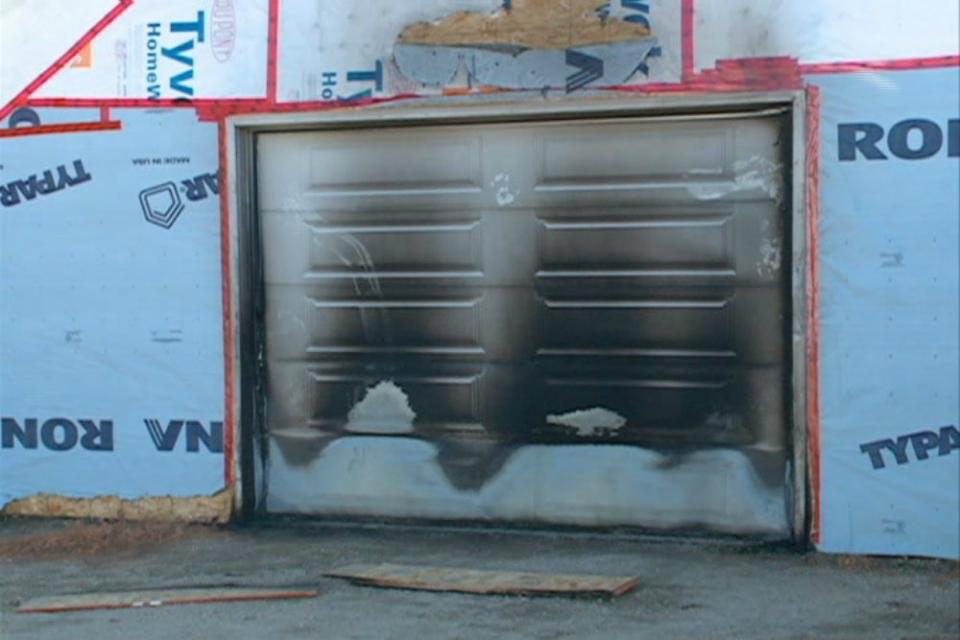 Garage fir