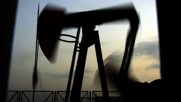 Oil prices climb on Syria fears