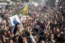 Morsi supporters rally in the streets of Egypt
