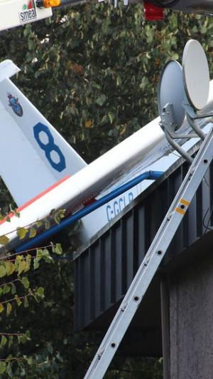 Small plane crashes into B.C. building