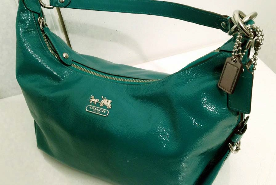 Erin Howlett had this Coach-brand purse with her when she was last seen alive on June 27, according to Waterloo Regional Police.