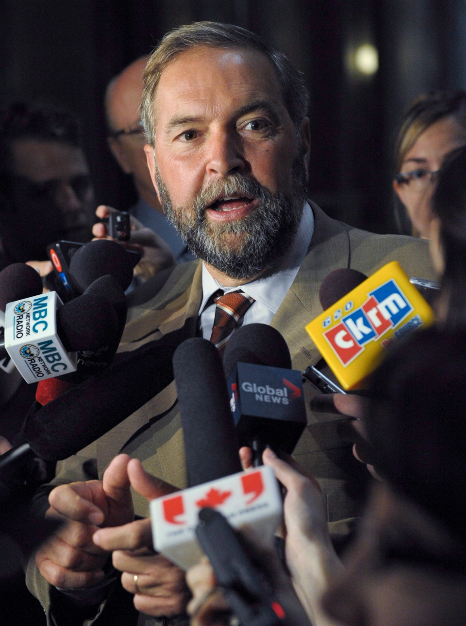 NDP Leader Tom Mulcair speaks to reporters in the rotunda of the Saskatchewan Legislative Building on Monday, Sept. 9, 2013 in Regina. (Michael Bell /  THE CANADIAN PRESS)