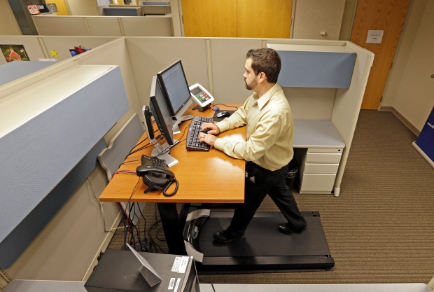 Work at a treadmill desk