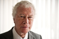Former Canadian ambassador to Iran Ken Taylor dies