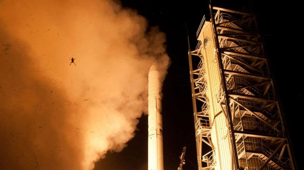 Frog spotted in rocket launch photo