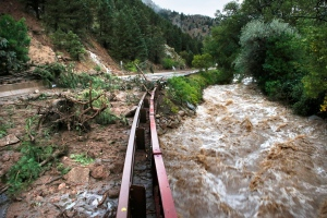 deadly flash flooding in colorado
