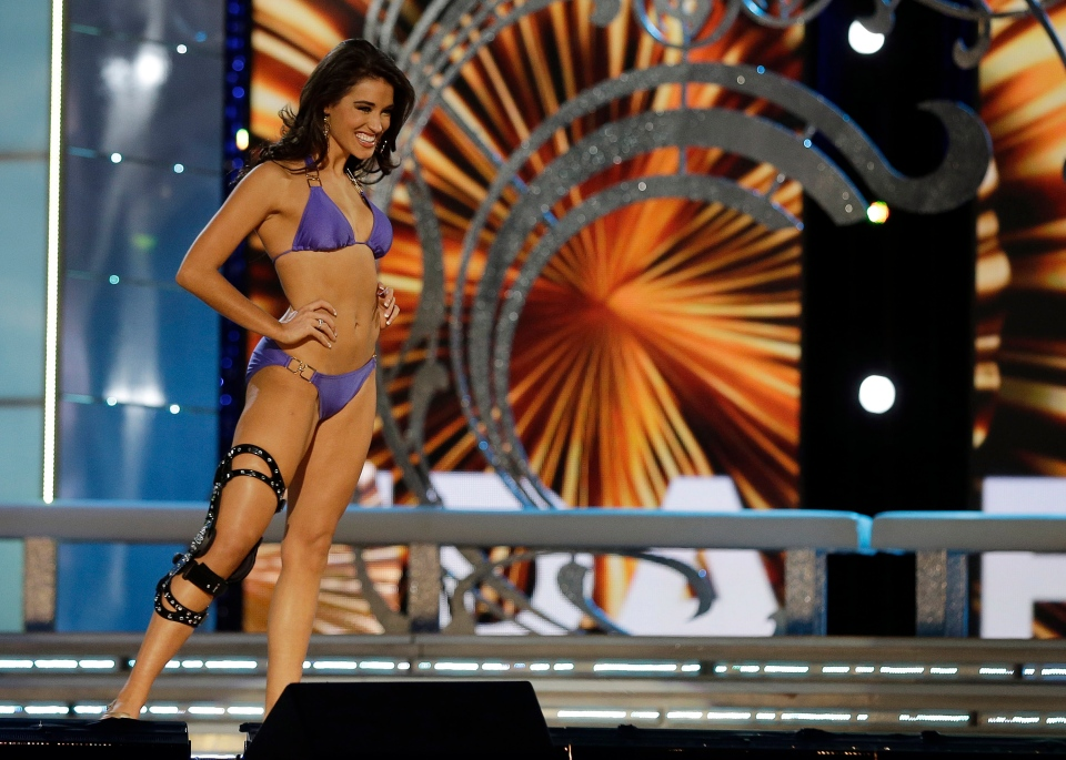 Miss Florida Myrrhanda Jones wears a swimsuit during the lifestyle competition during the Miss America 2014 pageant, Sunday, Sept. 15, 2013, in Atlantic City, N.J. (AP / Mel Evans)