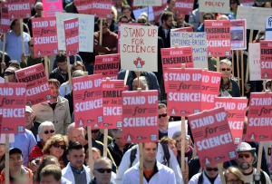 Scientists call on the federal government to stop cutting scientific research and muzzling its scientists, on Parliament Hill in Ottawa on Monday, Sept, 16, 2013. (Sean Kilpatrick / THE CANADIAN PRESS)