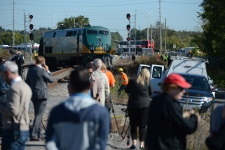 via, train, Ottawa, crash, bus, fatal
