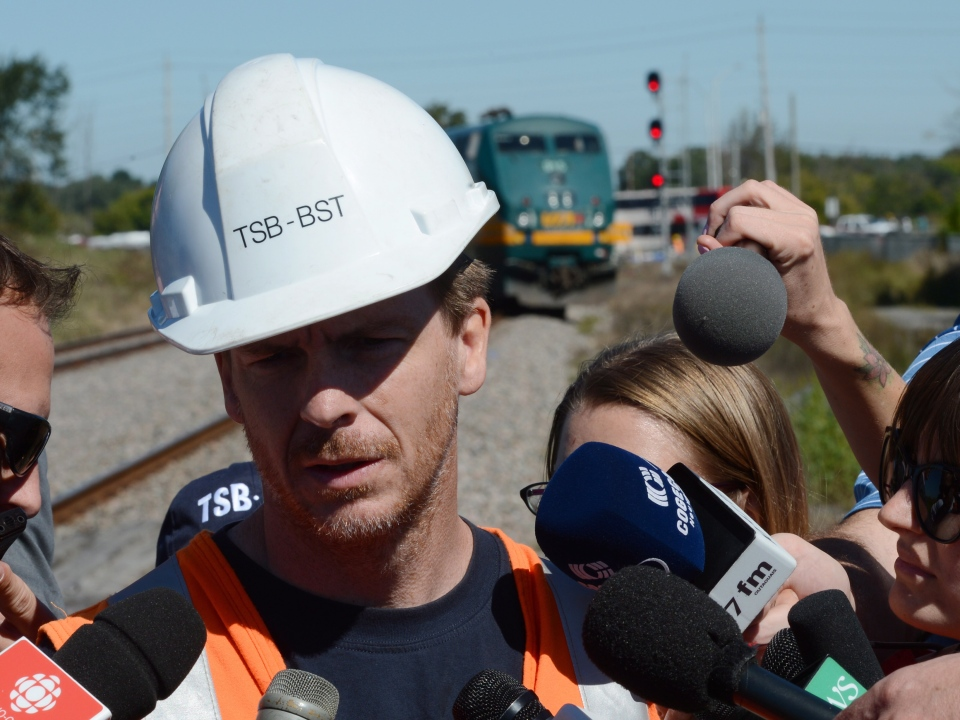 Glen Pilon of the Transportation Safety Board speaks to reporters in Ottawa Wednesday, Sept. 18, 2013. (Sean Kilpatrick / THE CANADIAN PRESS)
