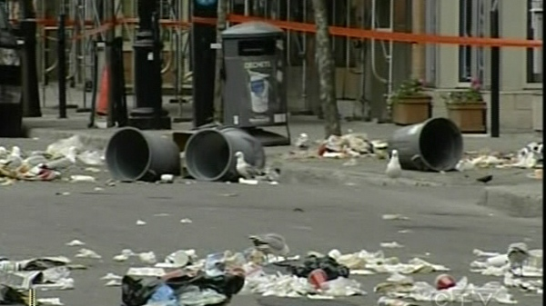 The incident began at Ste. Catherine and Ste. Elisabeth, where one man was throwing garbage into the street. (June 7, 2011)