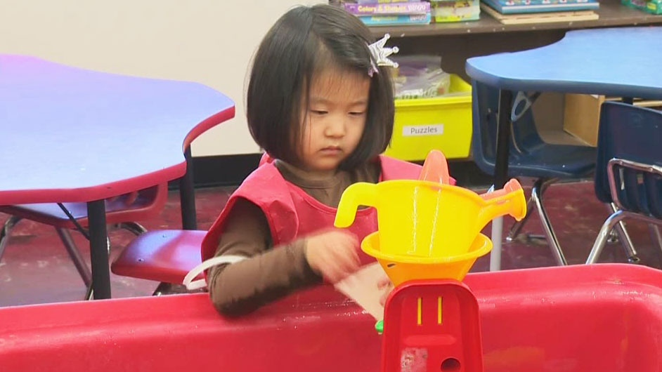 Pre-kindergarten classes in Quebec will be expanded to more schools and boards in 2017