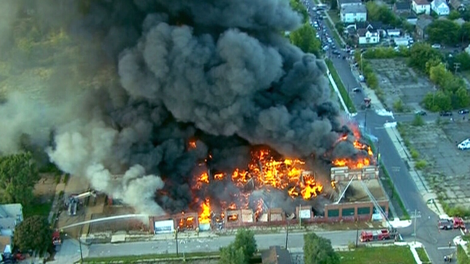 Commercial Building Levelled By Fire On Detroit S West