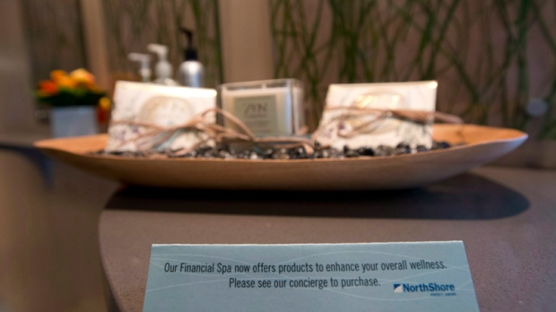 Canadian banks offering spa-like service