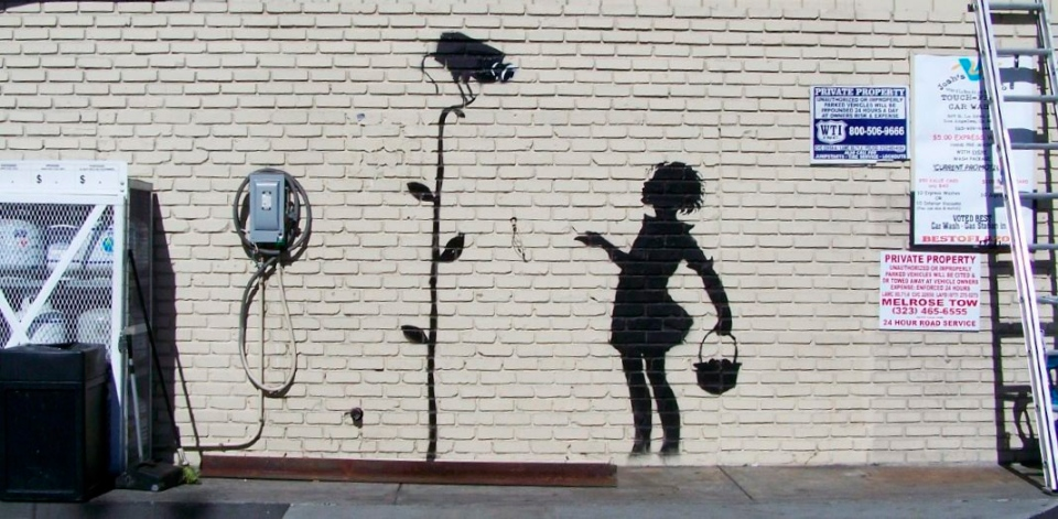 Banksy in new york for a month as his graffiti hits the for Banksy mural painted over