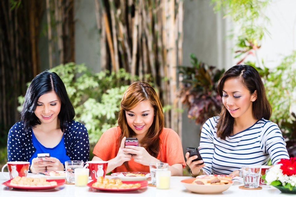 According to the study, 91 per cent of the survey's participants use the internet for social networking. (Kzenon / shutterstock.com)