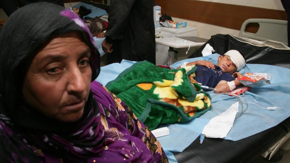 Suicide bombers kill dozens in Iraq