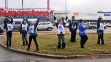 Superstore strike - Grande Prairie