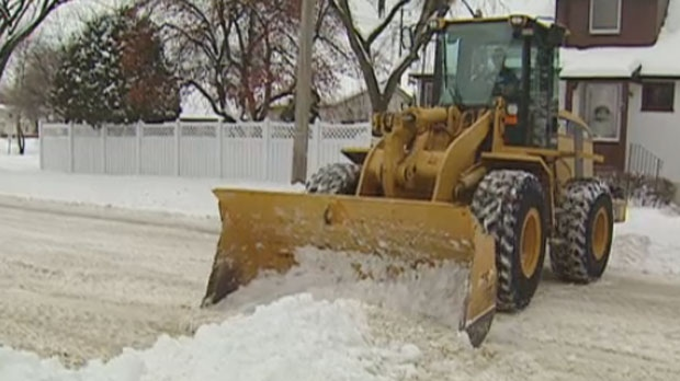 A report says the move would save $2 to $3 million dollars a year in City of Winnipeg snow clearing.