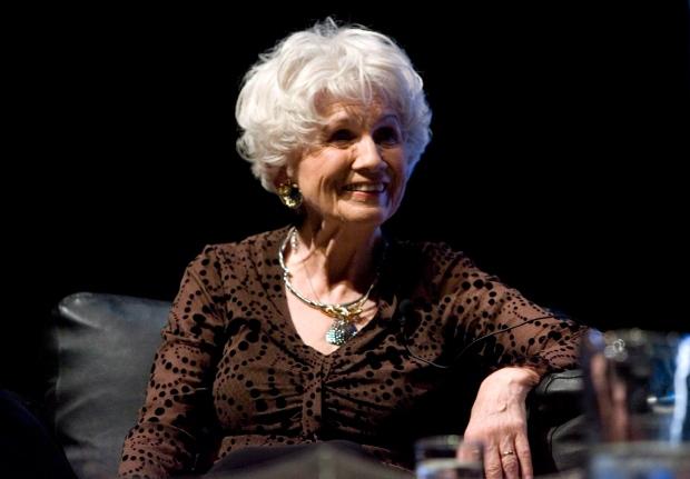 Alice Munro, Premio Nobel de Literatura 2103.
