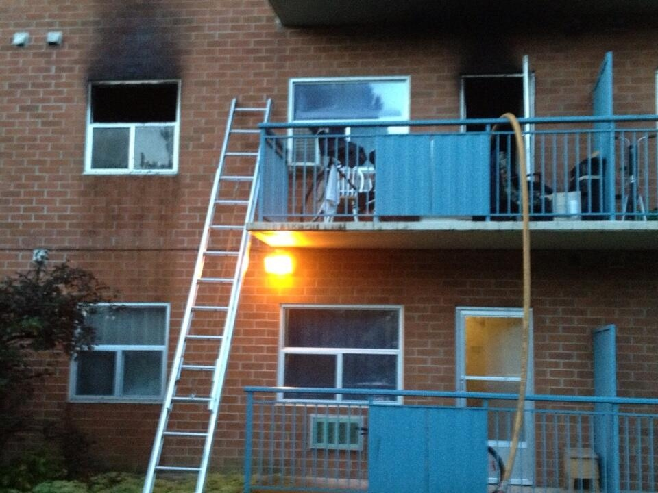 Apartment building fire at 85 Walnut St.