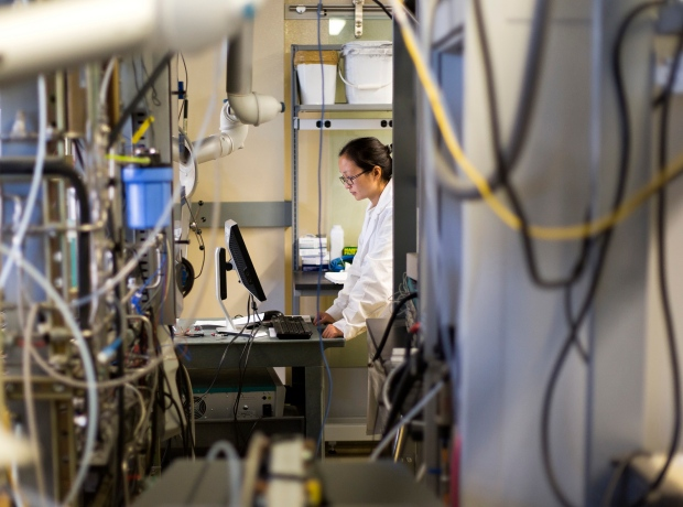 Chemical engineering resercher tests battery cell