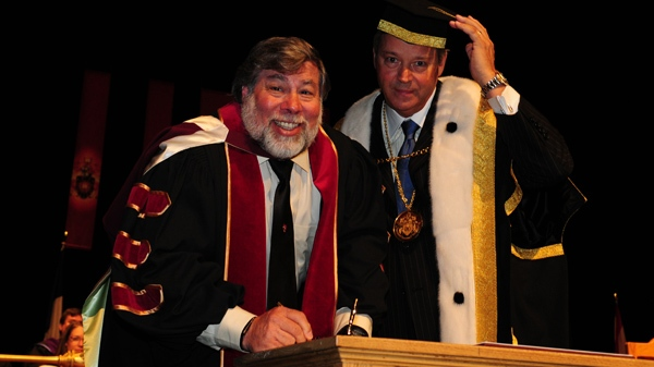 Steve Wozniak, co founder of Apple Computer, Inc., with the new chancellor of Concordia University, L. Jacques M�nard. (submitted)