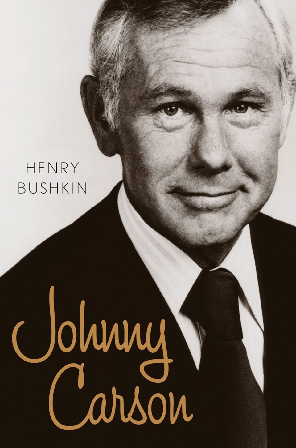 This image provided by Eamon Dolan/Houghton Mifflin Harcourt shows the book cover of Henry Bushkin's 'Johnny Carson,' which offers a peak inside the TV host's life. (AP / Eamon Dolan / Houghton Mifflin Harcourt)