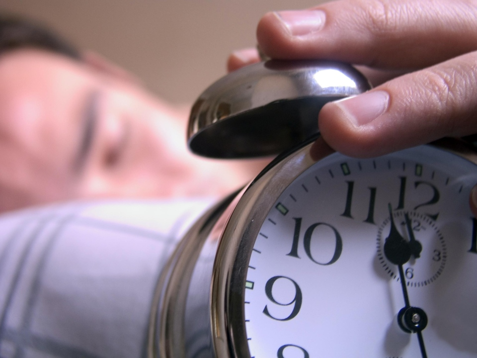 One Canadian expert is worried that many Canadians will not take advantage of an extra hour of sleep. (Gaston M. Charles / shutterstock.com)