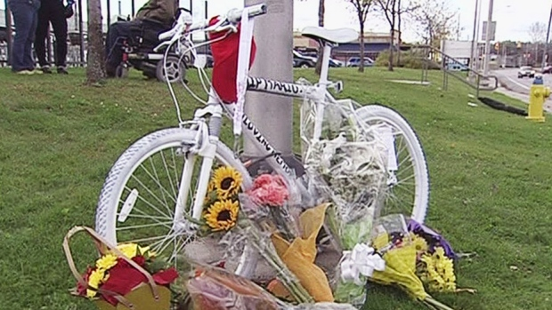 CTV Ottawa:Ghost bike set up in cyclist's honour