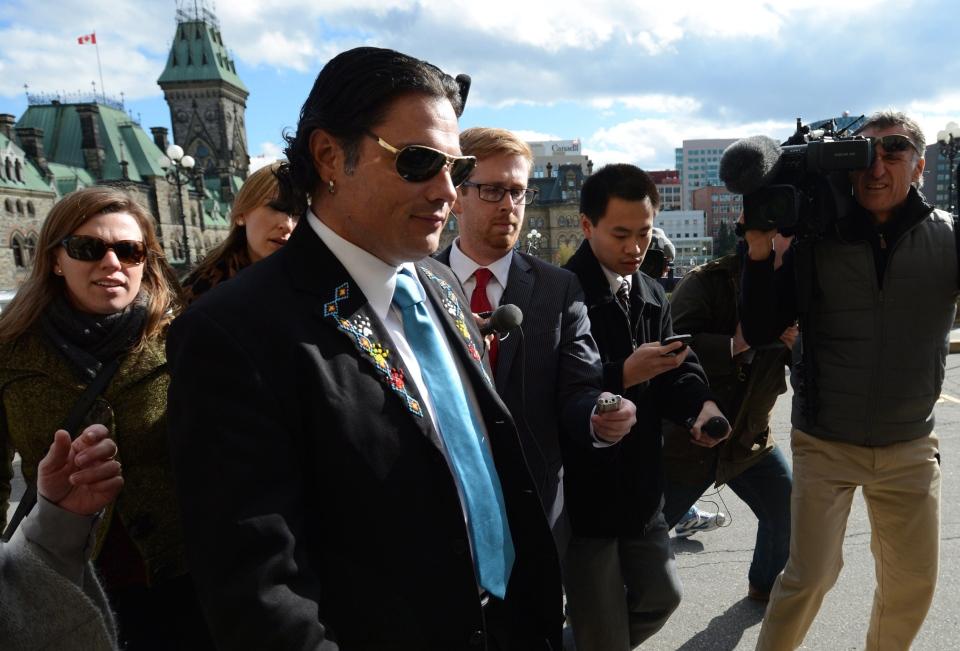 Sen. Patrick Brazeau arrives at the Senate on Parliament Hill in Ottawa on Tuesday, Oct. 22, 2013. (Sean Kilpatrick / THE CANADIAN PRESS)