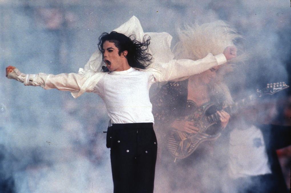 Quincy Jones sues Michael Jackson estate