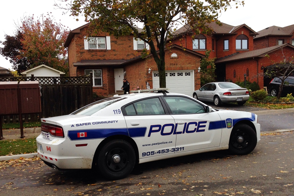 Police on the scene of a dog attack in Mississauga on Saturday, October 26, 2013. (Tom Podolec / CTV Toronto)